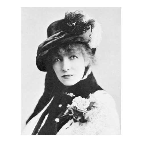 Sara Bernhardt in an early fedora